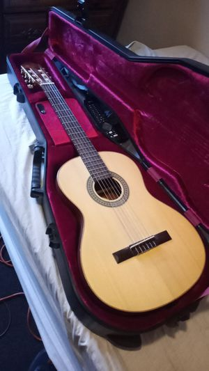 Lucero guitar with Gator case for Sale in Philadelphia, PA