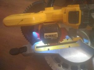 DeWalt Cordless Miter Saw 20 voltXR Max lithioum ion for Sale in Richmond, CA