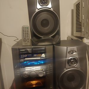 Sony HCD M100 Stereo System for Sale in Riverside, CA