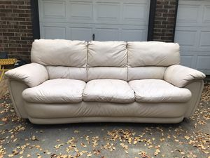 Leather Couch for Sale in Austin, TX