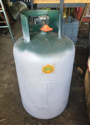 Propane tank RV for Sale in Mayfield, PA