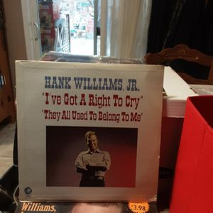 HANK WILLIAMS JR. I'VE GOT A RIGHT TO CRY. THEY ALL USED TO BELONG TO ME for Sale in Hesperia, CA