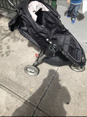 mini city stroller for Sale in Queens, NY