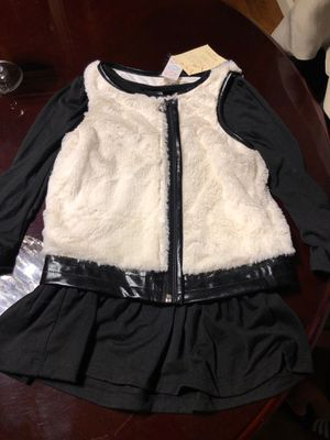 Size 6 faux fur vest with black cotton long sleeve dress for Sale in San Lorenzo, CA