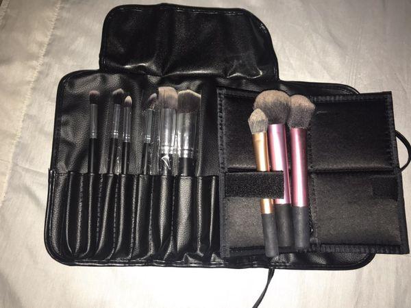 Makeup brush set 💛