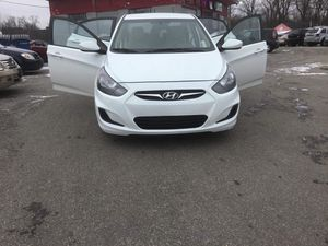 2014 Hyundai accent $5500 for Sale in Columbus, OH