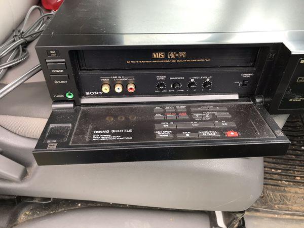 Sony VCR Gigi With Remote
