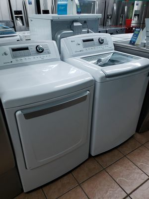 Washer and Dryer Set Super Clean for Sale in Lynwood, CA