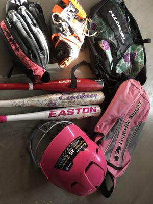Gloves, bat,helmet for Sale in Fontana, CA