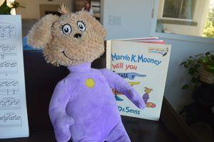 "Dr Seuss MARVIN K MOONEY Go Now 12"" Purple Doll Kohls Cares Kids Plush Toy for Sale in Corona, CA"