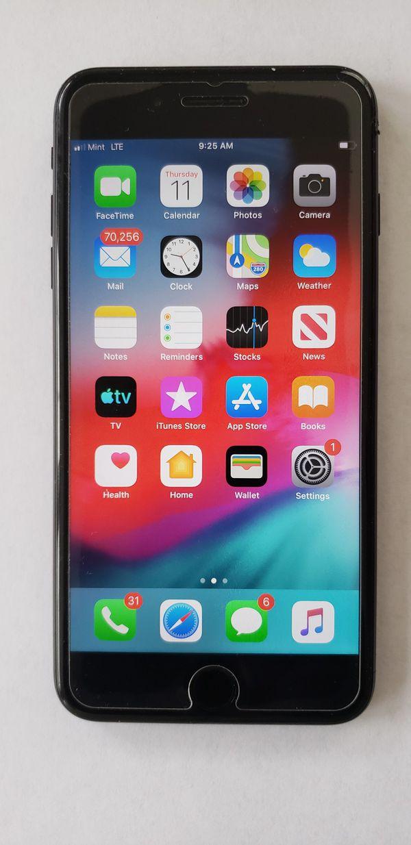 Factory Unlocked 256GB iPhone 7 Plus - Like New