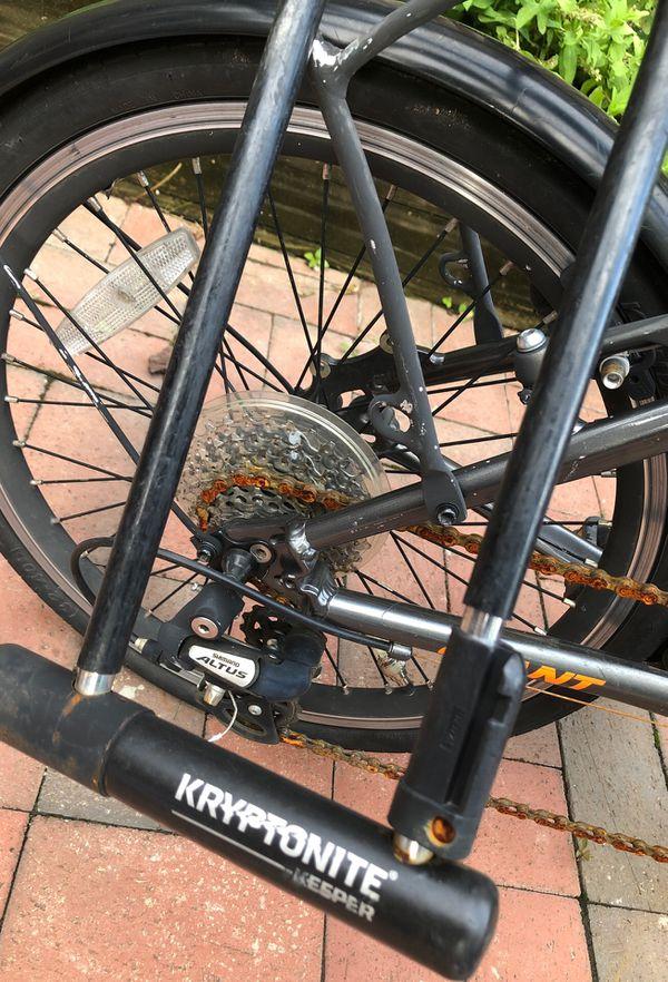 Giant Express Way 1 Folding Bike