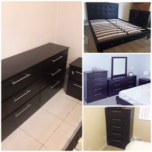 NEW 6 SET QUEEN BED FRAME CRISTAL DRESSER MIRROR CHEST AND 2 NIGHTSTANDS MATTRESS IS NOT INCLUDED for Sale in Hialeah, FL