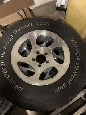 Jeep 4Wheels & tires for Sale in Fountainville, PA