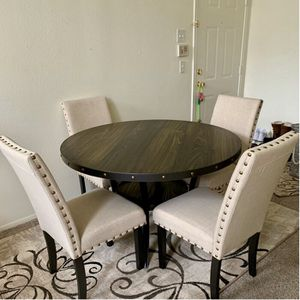 New round 5 pc dining set | NEW IN BOX for Sale in Ontario, CA