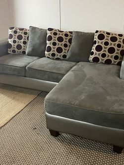 Gray Sectional Couch Sofa *Free Delivery* for Sale in Cherry Hill,  NJ