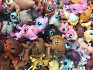 Lot of 10 RANDOM!! Original Littlest Pet Shops Hasbro LPS rare pink magnet, blue magnet, no magnet, etc. for Sale in Westlake Village, CA