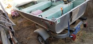 10 ft Sears game Fisher no leaks nice galvanized trailer for Sale in Adelaide, CA
