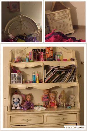 Girl bedroom set for Sale in Boston, MA