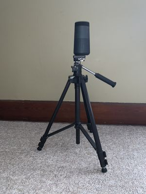 Bose Revolve plus tripod, original box and receipt included for Sale in Huntington, IN
