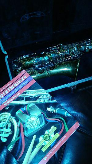 Bundy 11 sax good play find for Sale in Ellenwood, GA