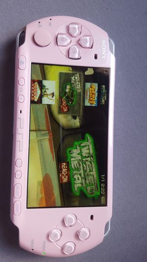 PINK 2001 * SLIM * - PSP - WITH 5,000 GAMES !!! for Sale in Santa Ana, CA