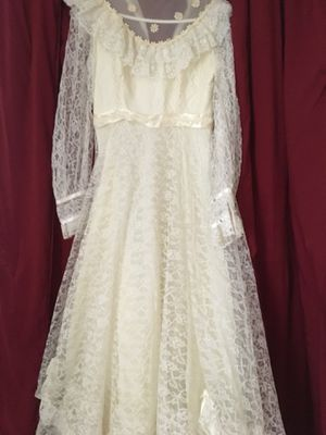 Wedding dress 1990 for Sale in Camby, IN