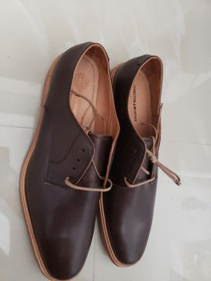 Johnston and Murphy Size 11.5 mens shoes new for Sale in Miami, FL
