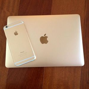 Gold MacBook Air for Sale in Dallas, TX