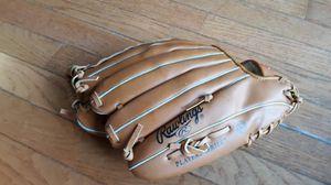 Baseball glove for Sale in Virginia Beach, VA