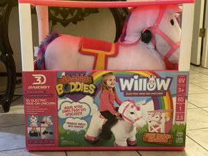 New Stable Buddies 6 Volt Willow the Unicorn plush ride on with Stable for Sale in Beaumont, TX