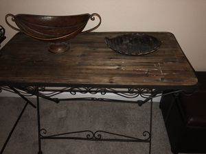 Wood Table Used-Like New for Sale in Nashville, TN