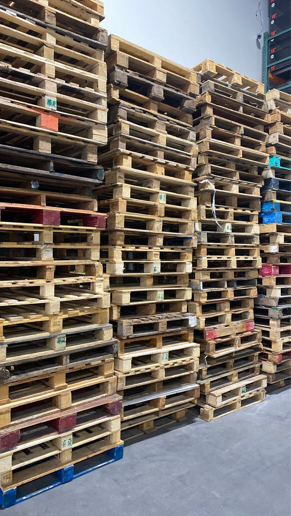 Wood Pallets 48x40 for Sale in Brea, CA - OfferUp