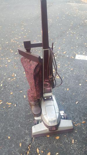 Kirby vacuum like new for Sale in Saint Petersburg, FL