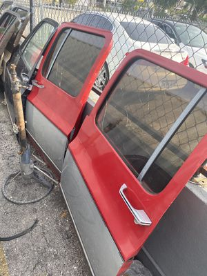 1973-1988 c10 chevy truck parts doors c20 Suburban Dually for Sale in Hialeah, FL