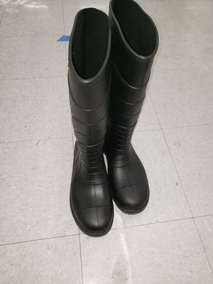 boots stanley ready for work in very good condition.size 9. for Sale in Snohomish, WA
