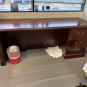 Wood Computer Desk Table Office Furniture for Sale in Houston, TX