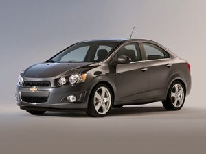 chevy sonic 2013 for Sale in Stafford, VA