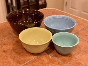 Bauer Pottery Nesting Mixing Bowls Set of Four for Sale in Redmond, WA