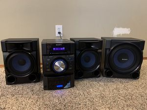 Sony MHC-EC909IP Stereo System for Sale in Tacoma, WA