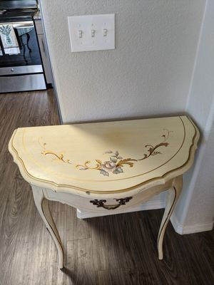Antique Table for Sale in Chandler, AZ