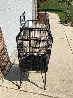 Large dome open-top bird cage with base - Fishers for Sale in Fishers,  IN