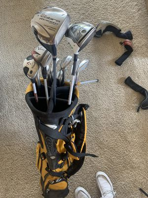 Ladies golf set with Titleist bag for Sale in Tempe, AZ