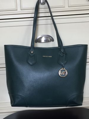 Xl Michael Kors tote bag for Sale in Sahuarita, AZ