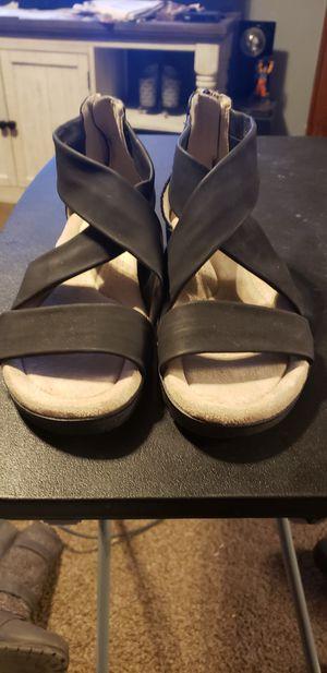 Womens size 9 sandels for Sale in Wichita, KS