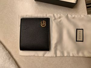 Gucci wallet for Sale in Everett, WA
