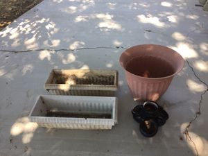 Garden/Plant Pot Bundle for Sale in Apple Valley, CA