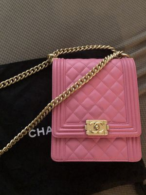 Chanel pink bag for Sale in Fontana, CA