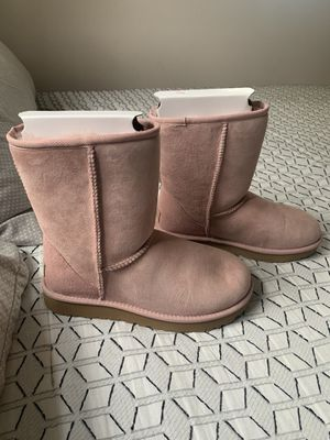 Women's Ugg Classic Short Pink Boots for Sale in Alexandria, VA