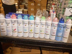 Dove moisturizing cream spray (48 hours) for Sale in Joliet, IL